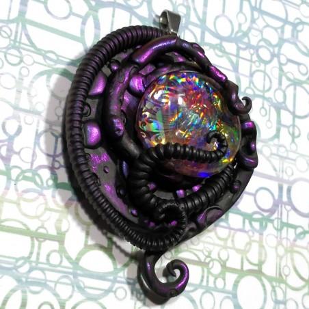 Pendentif  biomeca tentacule noir irisé biomech