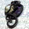 Talisman noir tentacule cabochon bulle