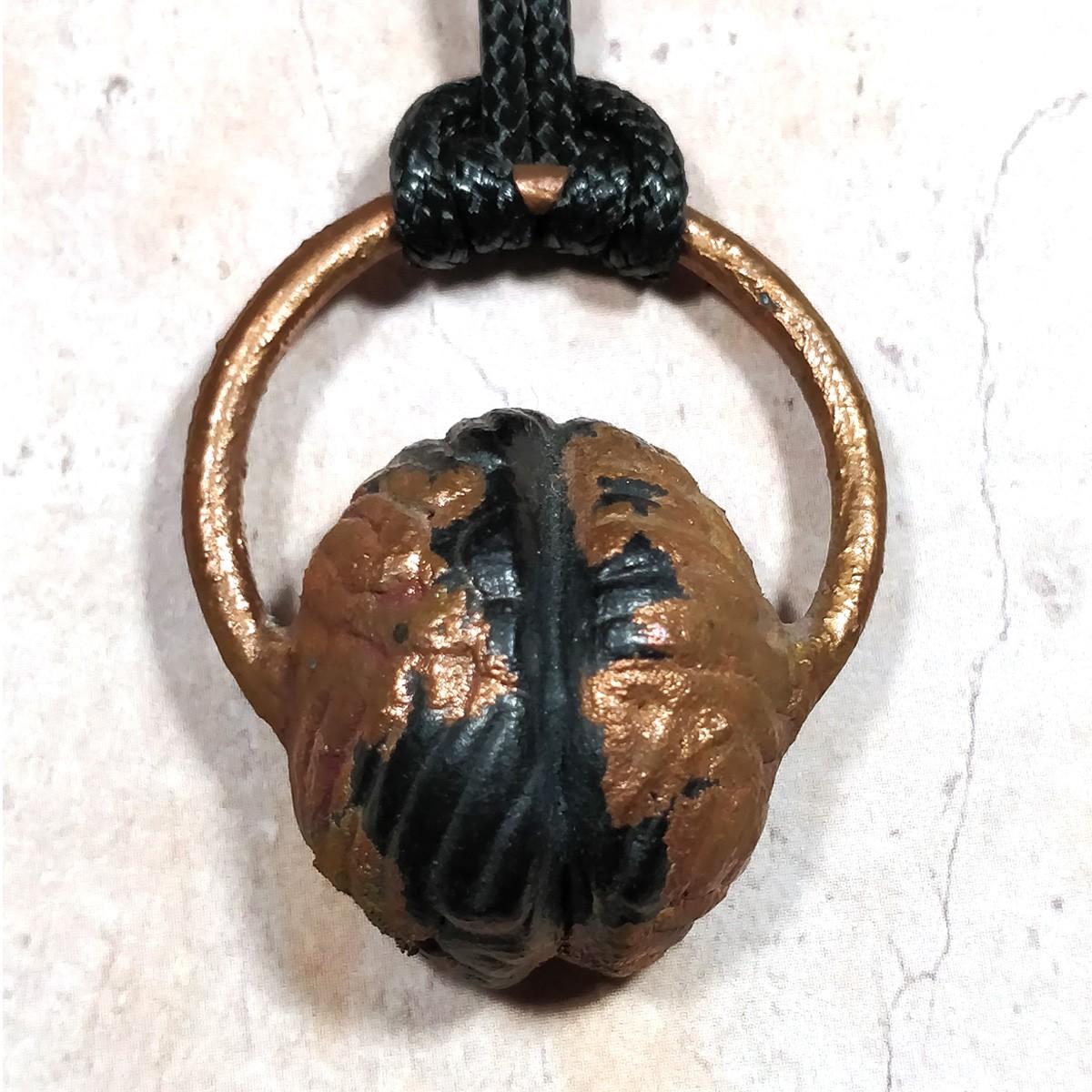 Pendentif cuivre petit cerveau calciné